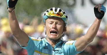 Alexandre Vinokourov di forza al Romandia