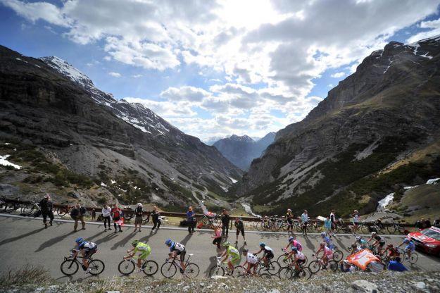 Giro d'Italia 2013: le squadre invitate e iscritte