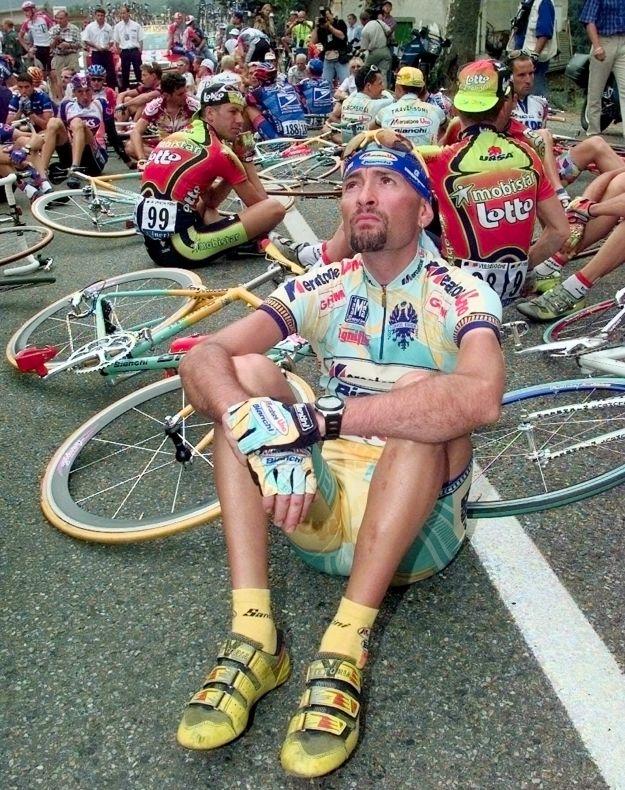 Marco Pantani positivo all'EPO al Tour de France 1998, ma non lo perderà