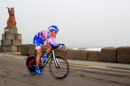 Adriano Malori domina la crono alla Settimana Coppi e Bartali
