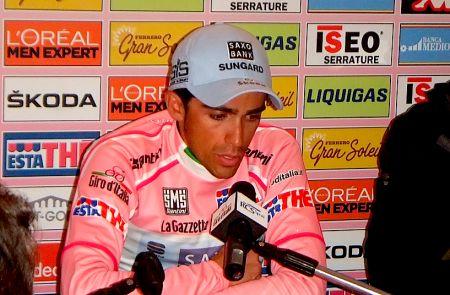 alberto contador giro 2011 maglia rosa