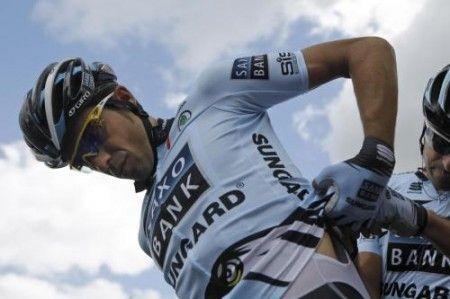 Al Tour de France tutti attaccano Alberto Contador, vince Sanchez