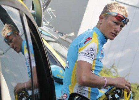 Vinokourov nuovo leader al Giro del Delfinato