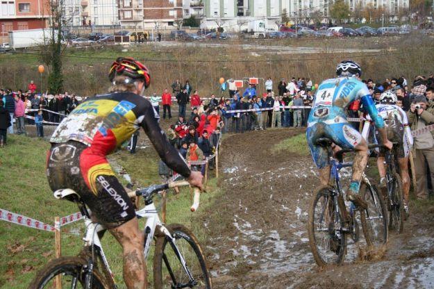 Elia Silvestri prende tutto nel tricolore ciclocross