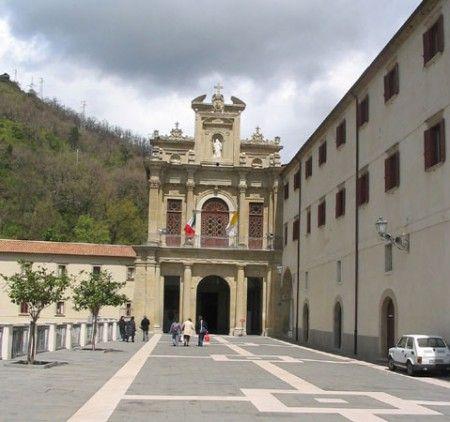 Giro d'Italia 2011: le tappe nel Sud con Ascea, Paola, Locri e Etna