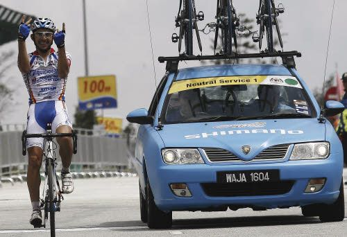 José Serpa mette le mani sul Tour de Langkawi 2012