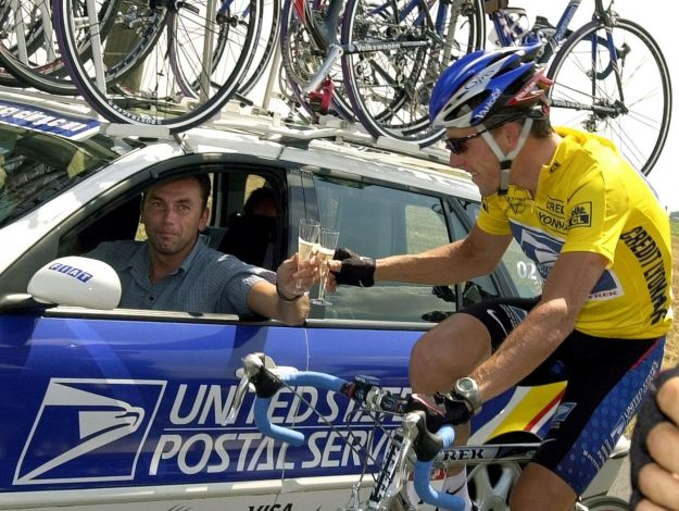 Lance Armstrong perde i Tour, ma anche il bronzo di Sidney 2000