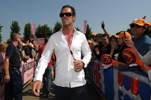 Mario Cipollini a tirare le volate a Andrea Guardini al Giro 2012?