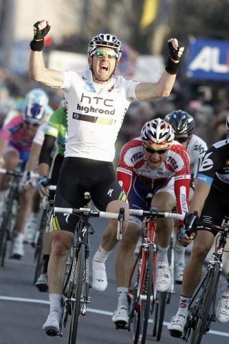 Milano Sanremo 2011: vince Matthew Goss dopo una grande battaglia