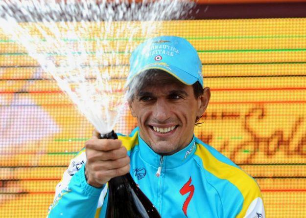 Paolo Tiralongo sorprende tutti al Giro 2012, Ryder Hesjedal in rosa