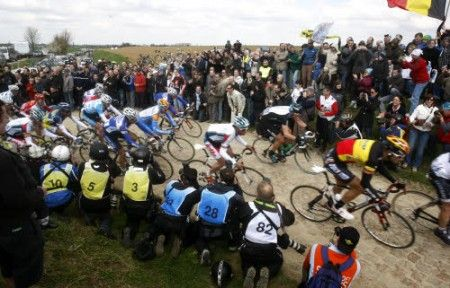 Parigi Roubaix 2011: vince Johan Vansummeren, Cancellara secondo