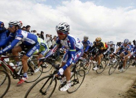 Parigi Roubaix 2011 con cinque nuovi tratti in pavé