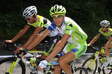 A Daniel Martin il tappone della Vuelta 2011, Vincenzo Nibali ci prova ancora