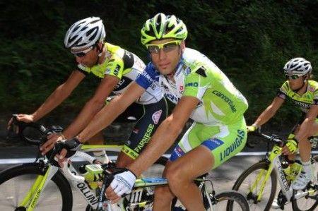 A Daniel Martin il tappone della Vuelta 2011, Vincenzo Nibali ci prova ancora