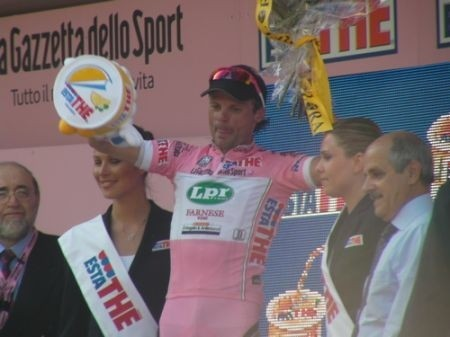 Giro 2009 Pinerolo: Di Luca sfrutta l&#8217;occasione