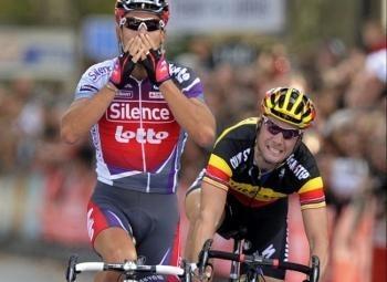 Philippe Gilbert vince anche la Parigi Tour. Di nuovo