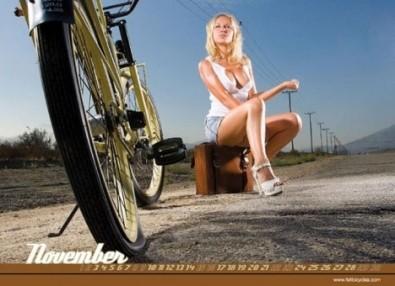 Sexy Cicliste Calendario Marzo