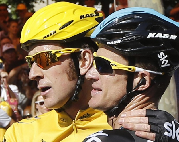 Tour de France 2012: Bradley Wiggins trionfa per le strade di Parigi