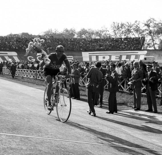 Fiorenzo Magni, immagini del ciclista (20)