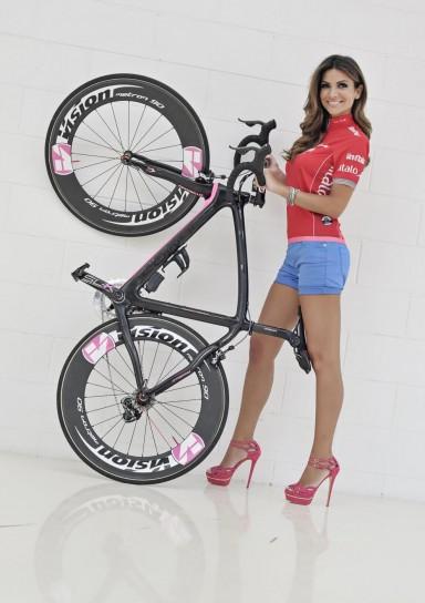 Alessia Ventura madrina del Giro d'Italia 2013
