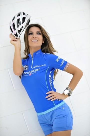 Alessia Ventura madrina del Giro D'iTalia 2013 (6)