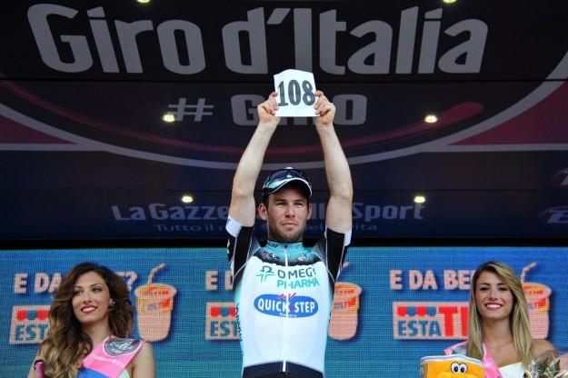 Giro d'Italia 2013, sesta tappa: ancora Cavendish in volata, Viviani secondo [FOTO]