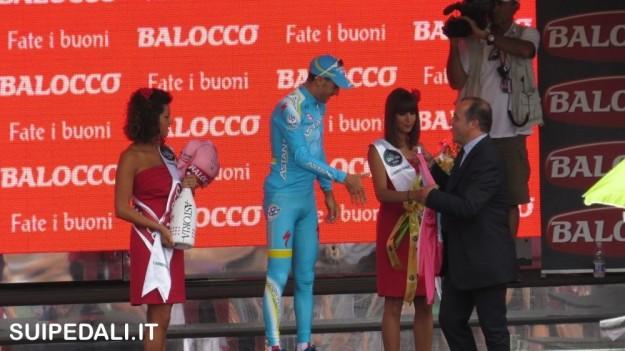 Vincenzo Nibali sul palco