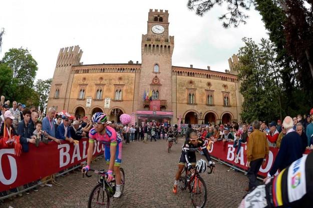 Giro d'Italia 2013, arrivo a Cherasco - 02