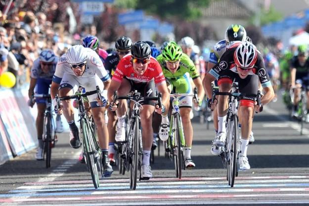 Giro d'Italia 2013, arrivo a Cherasco - 16