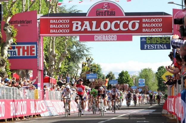 Giro d'Italia 2013, arrivo a Cherasco - 28