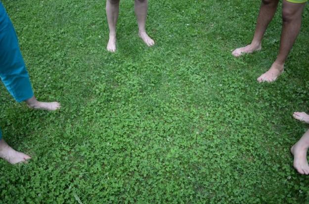 Tutti senza scarpe