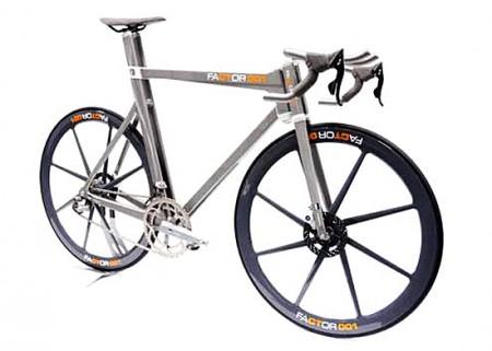 Bicicletta Factor001: una F1 per l'allenamento totale